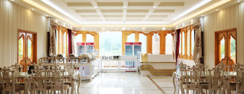 سلف-رستوران-هتل-راتنیس2